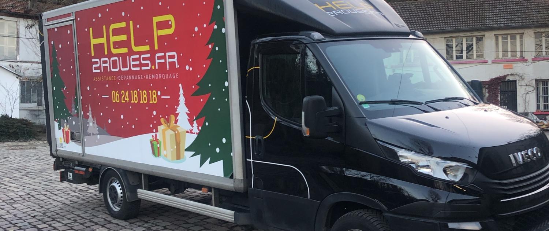 Camion de noël H2R - Help2roues.fr - assistance-dépannage-remorquage